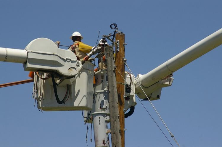 utility linemen