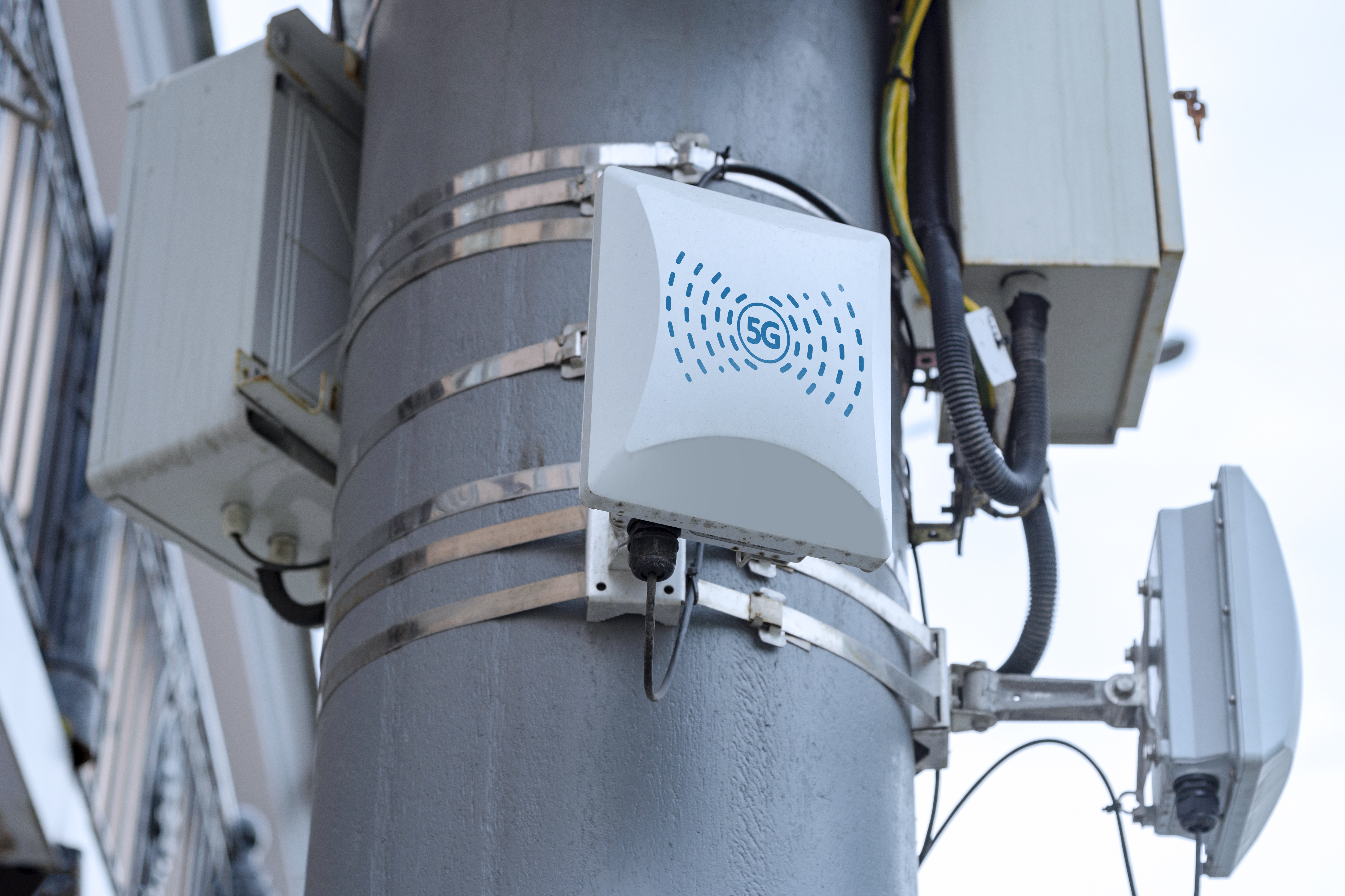 small cell 5g